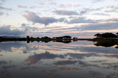 "Sonnenuntergang über der Lagune in Budoni auf dem Weg zum Strand ""Sa cappanizza"""